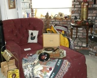 COMFY CHAIR AND OTTOMAN & VINTAGE RECORD PLAYER