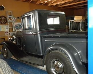 1932 FORD PICKUP W/350 CHEVY MOTOR & AUTOMATIC TRANSMISSION PRICE: $28,000