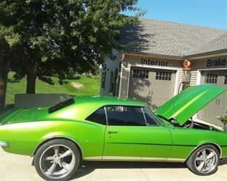 1967 Camaro 350 motor with 80,000 original miles,200 4R overdrive transmission with Vintage air and AC.disc brakes
