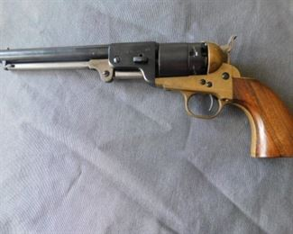 Italian replica of an 1860 Colt,44 Calibur
