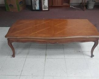 Wood Coffee Table with Queen Anne Legs