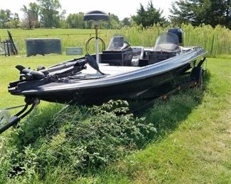 1988 20' Boat with Evinrude Motor on Trailer
