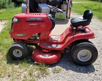 "Troy-Bilt Riding Lawn Mower - Pony - 7 Speed Transmission, 42"" Mowing Deck"