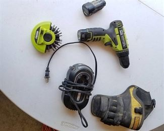 Rockwell Drill, extra battery, charger, bits, dewalt holster