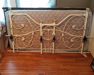 Day Bed with one mattress and trundle unit