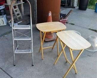 2 TV trays and step ladder