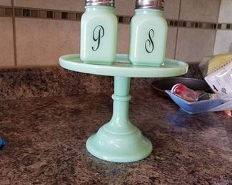 jadeite salt and pepper shaker and stand