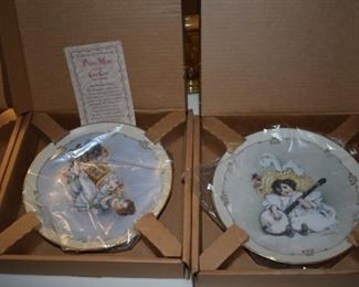 "Set of Maud Humphrey Bogart ""Little Ladies"" plates - MIB - with certificates of authenticity"