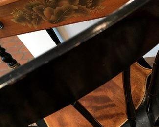I LOVE LOVE LOVE Hitchcock Furniture!