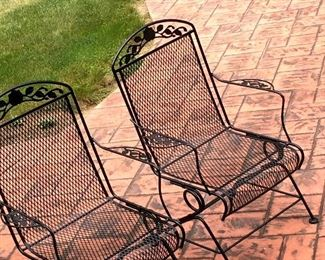 Really Nice Mesh Chairs...Match The Table Too!...