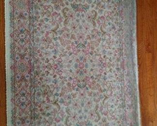 rug back bedroom