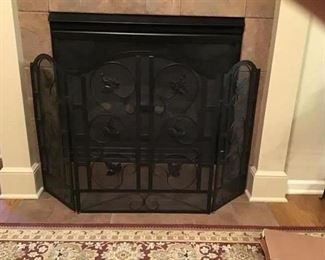 Sturdy Iron Fireplace Screen