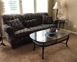Bassett sofa - excellent condition