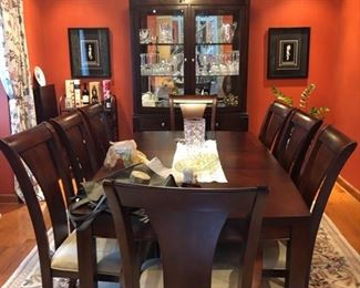 Like new cherry wood dining set with 8 chairs