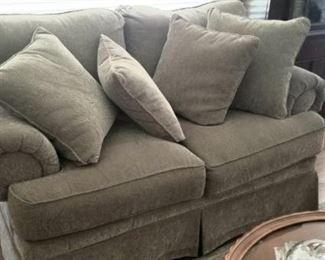 Antoher great love seat