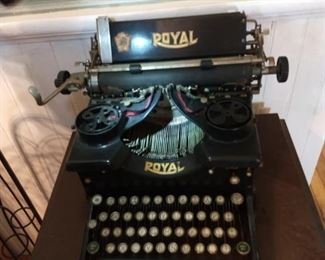 Early Royal typewriter with glass sides