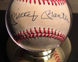 Mickey Mantle Signed / Autographed Baseball