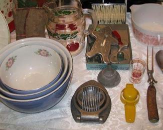 More vintage kitchen