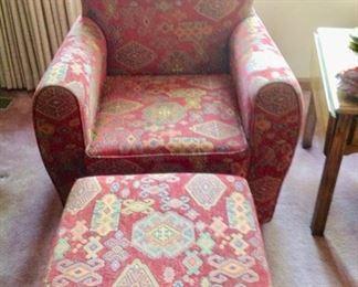 Pier 1 Chair w/Ottoman