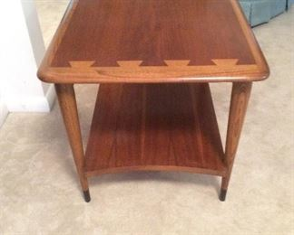 2 Mid century modern end tables.