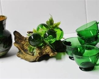 Green Glass driftwood piece, Vase and 8 glass cups