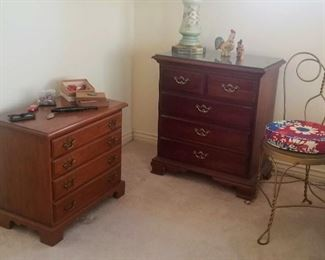 on the left: Jewelry chest solid cherry with for shallow drawers and on the right Thomasville solid cherry Nightstand