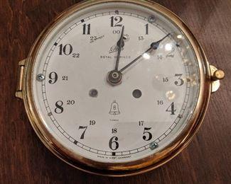 Schatz clock (battery operated)