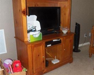 TV/ COMPUTER CABINET