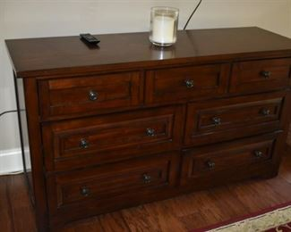 Beautiful 8 Drawer Chest - Solid Wood