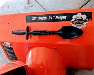 gas power snow blower