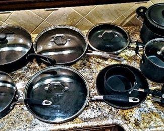 pots and pans set Calphalon
