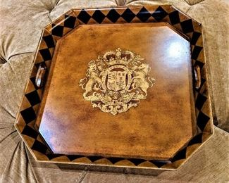lions crest serving tray