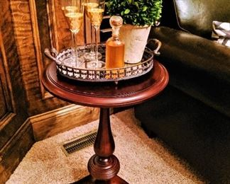 accent pedestal table, serving tray wine glaases