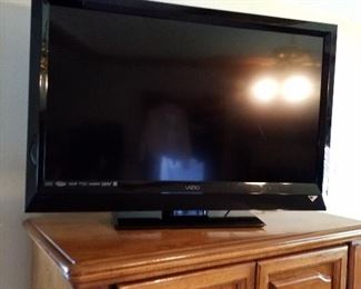 Visio tv with remote