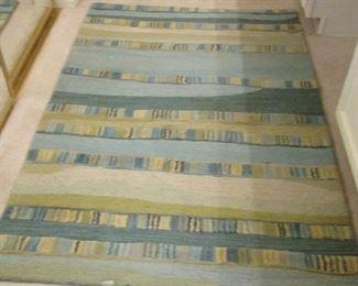Sm area rug
