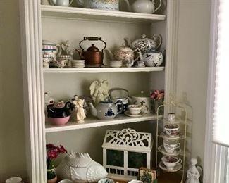 Vintage Teapots & Teacups
