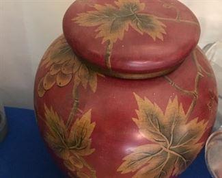 Nice vase w/lid