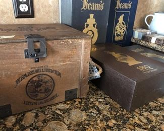 beam wood crate - beam collectors bottles in boxes (empty)