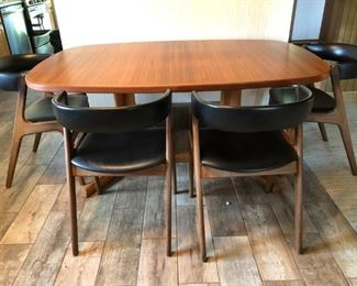 Danish Modern Table with two leaves & 6 chairs