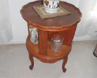 Scalloped edge, round side table