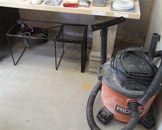 Turkey pot burner stand and shop vac