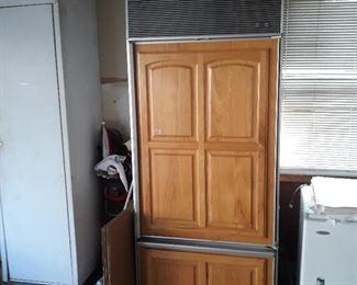 Sub zero, refrigerator  In use, 15+ yrs old