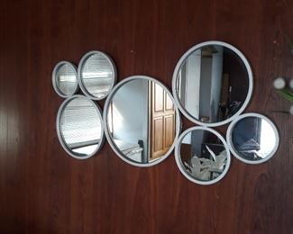 Modern mirror decor