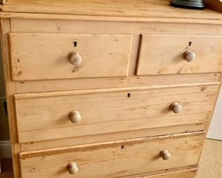"75. Antique Pine 4 Drawer Dresser (38"" x 19"" x 45"")"