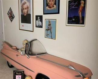 Marilyn Monroe Collection https://ctbids.com/#!/description/share/232077