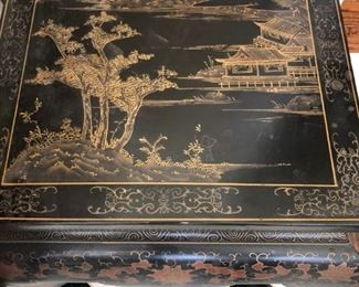 Chinoiserie table (square)
