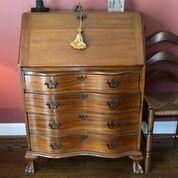 Govenor Windsor Desk (1940's-50's)