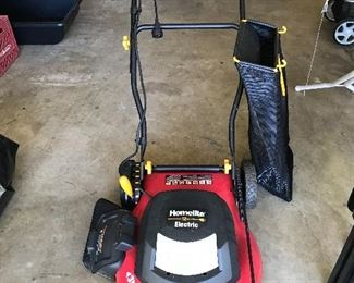 #28 Homelite 12 amp Electric Mower with Bag Attachment $50. Great great Condition.