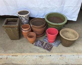 Garden or Yard Decor https://ctbids.com/#!/description/share/231975