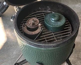 "15 1/2"" Big Green Egg Grill"